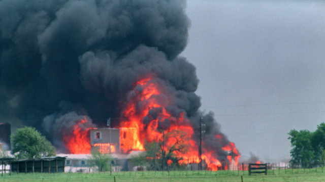 Waco complex in flames